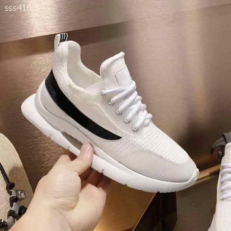 Cojín hombres Negro Blanco malla transpirable zapatillas de deporte salvaje Aire Últimas ocasionales de los deportes de perforación corrientes respirables del tamaño de los zapatos de moda 6-10