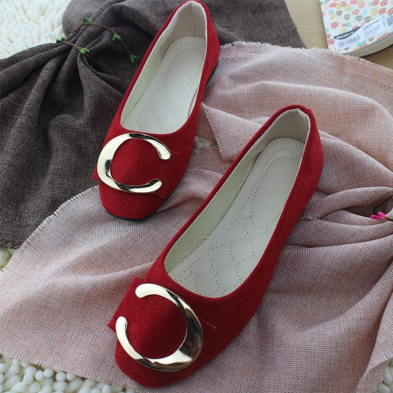 Plus Size 35-42 Shoes Doce Cor Loafers metal barco Shoes Faux Suede deslizamento sobre Flat Mulher Flats Velvet Ladies