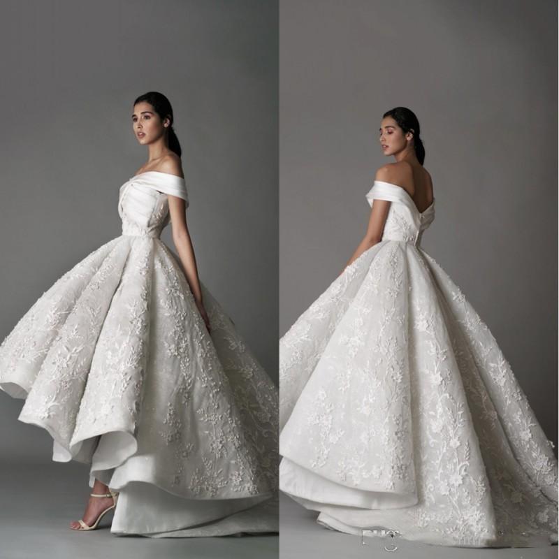 Luxury Off The Shoulder Wedding Dresses Lace 3D Floral Appliqued High Low Sweep Train Hi Lo Vintage Wedding Bridal Gowns