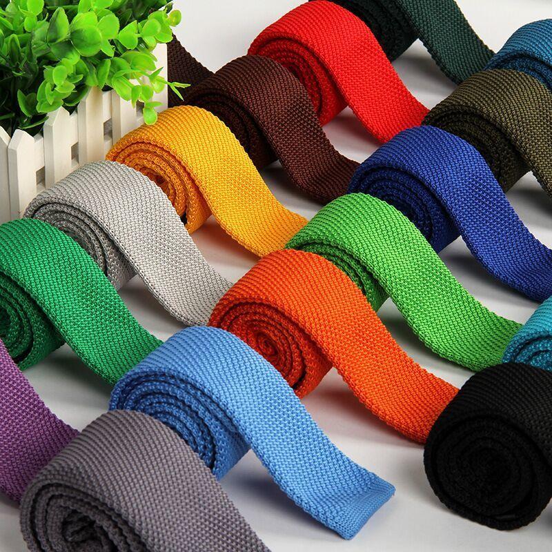 corbata punto hombre 5,5 cm de punto flaco lazo tricotado corbata reducir Gravatas delgadas para hombre lana lazos de tejer hilo cinta diseñadores T200805