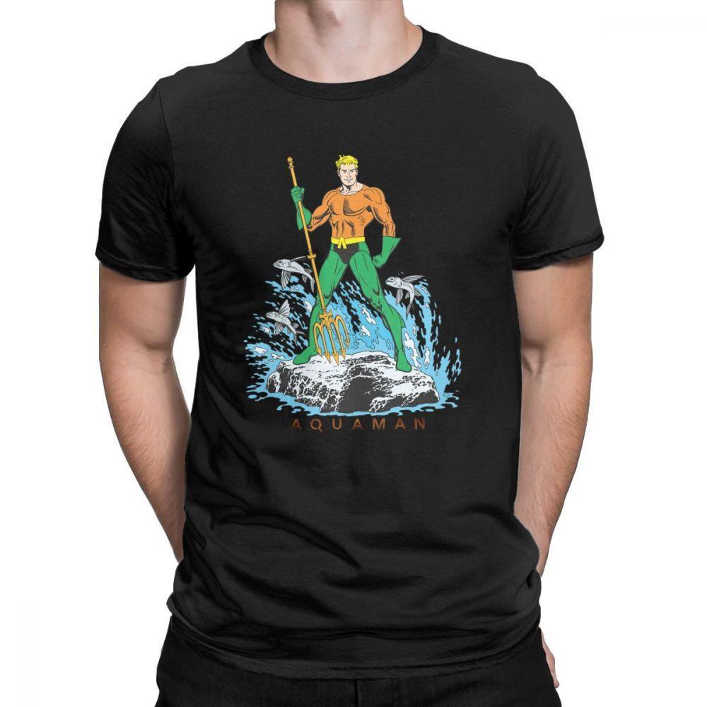 Hommes T-shirt Aquaman se tient avec Pitchfork T-shirt décontracté à manches courtes T-shirts O Vêtements cou 100% coton imprimé T-shirt