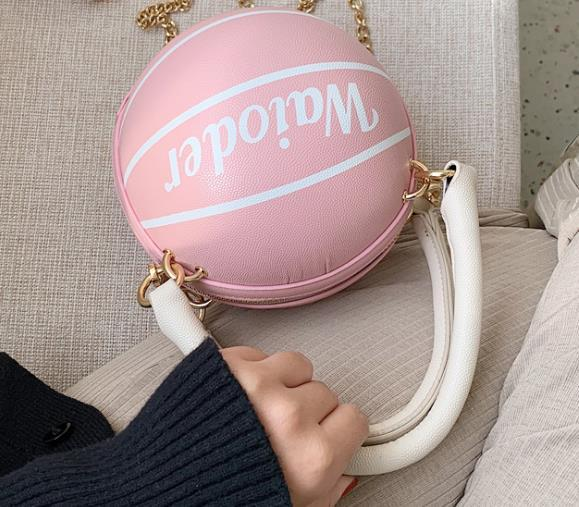 Sac à main une épaule étrangères Femme Sac 2020 Hot Fashion Crossbody Basketball Forme Sac