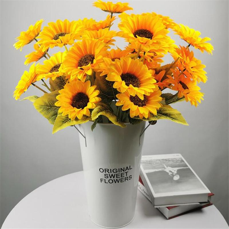 """10pcs Faux tournesol à tige courte (5heads / pièce) 22"""" Longueur Simulation Sun Flower pour le mariage décoratifs pour la maison Fleurs artificielles"""