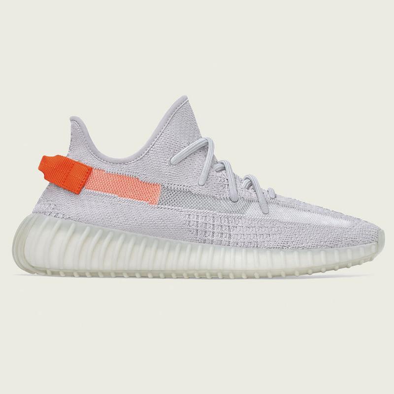 Kanye West alta calidad de los zapatos Desert Sage luz de la cola de la Tierra lino Cinder reflectantes corriendo a la venta con zapatillas de deporte de la caja almacenar precios al por mayor