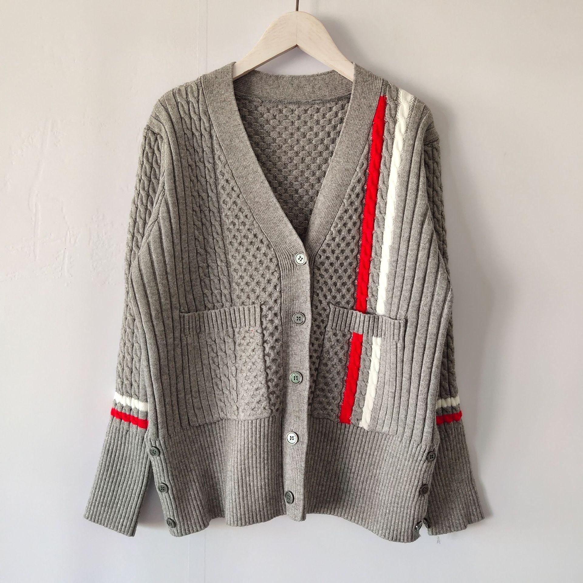 neuer Herbst neues Design Mode der Frauen mit V-Ausschnitt Einreiher langen Hülsendruck Blumenstreifen-Patchwork gestrickten Pullover Mantel Strickjacke casacos