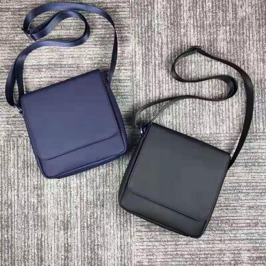 حقائب رجل CROSSBODY بطاقة حقيبة الكتف حقيبة ذكر ساك جديد حار تريند أفضل بيع مصمم شعبي صغير جودة عالية محمولة نظيفة عادي