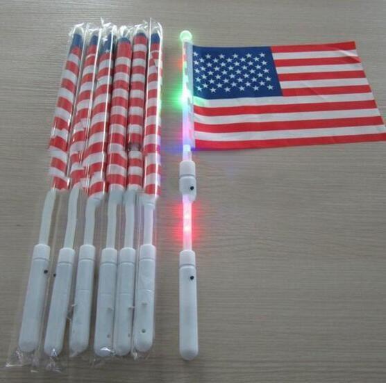 Temmuz Bağımsızlık Günü ABD Banner Bayraklar LED Bayrak Parti Malzemeleri Moda Polyester Amerikan El LED Bayrağı 4