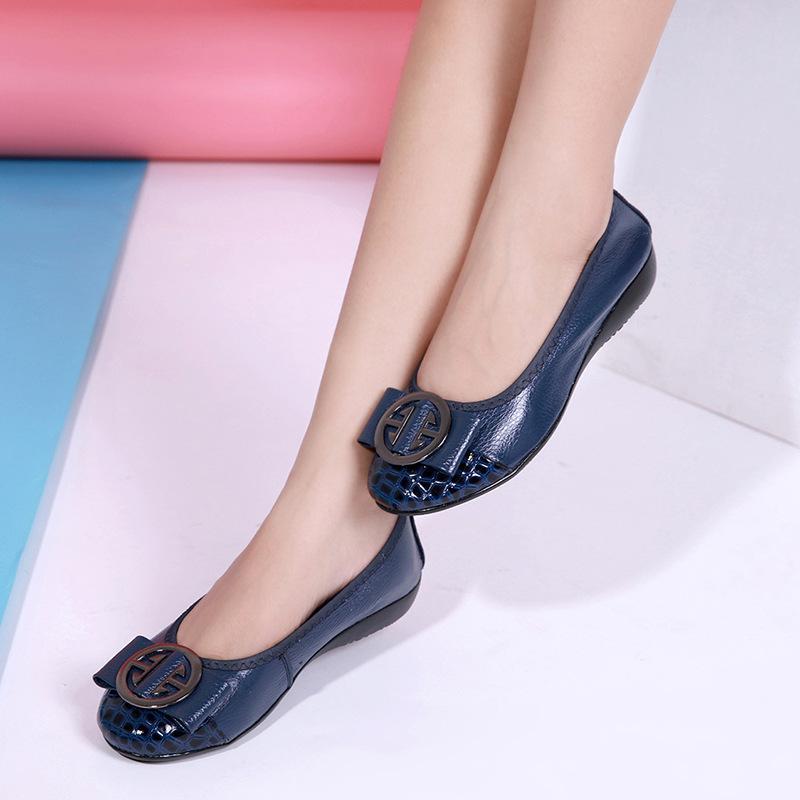 2020 Kadınlar Moda Flats Ayakkabı İnek Deri Ayakkabı Kadınlar Yuvarlak Burun loafer'lar Kadın Ballet Flats kız Sevimli Altın Ayakkabı 42