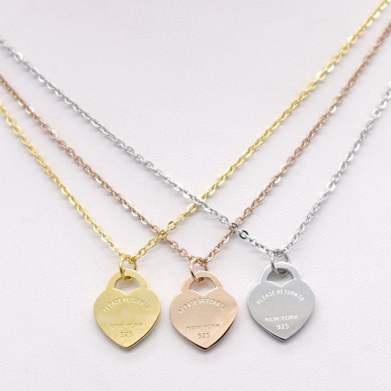 Edelstahl Herzförmige Halskette Anhänger Designer Halskette T Halskette Kurze Weibliche Schmuck 18 Karat Gold Titan Pfirsich Herz Anhänger