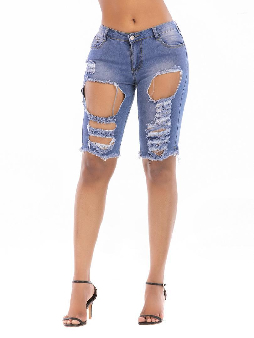 Удобные женские брюки Повседневная мода Прохладный Женская одежда Hole Ripped женщин Дизайнер джинсы Лето Длина колена