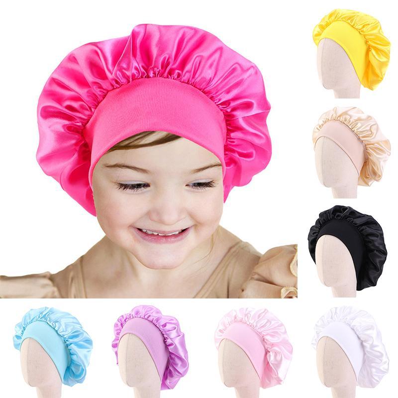 colore solido bambini raso Bonnet Cap Turbante Chemo cappello ragazze a tesa larga fascia elastica di notte di sonno Berretti Skullies Chemo Cap