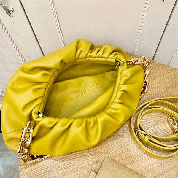 Verão 2021 Womens Moda Simples Artwork Bags Versátil Plissado Sólido Acessórios Acessórios Cloud Totes Bolsa bolsa bolsa de massa