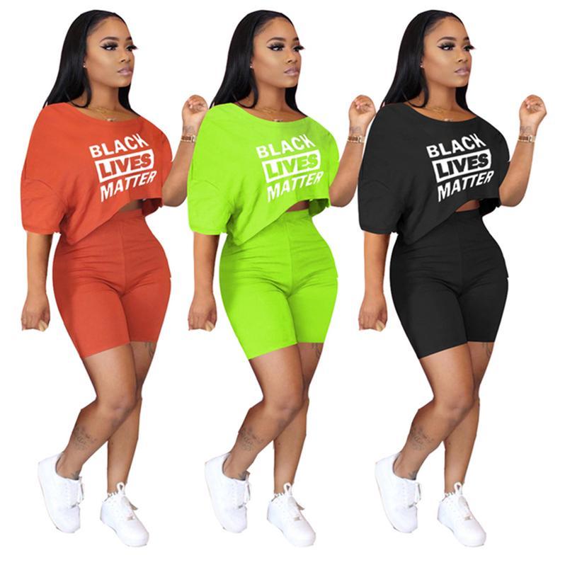 Mujeres chándal Diseñador Cartas NEGRO VIVE LA MATERIA Hombro camiseta Crop Top Pantalones cortos Cuatro nudos equipos del verano Deportes D7615 Traje
