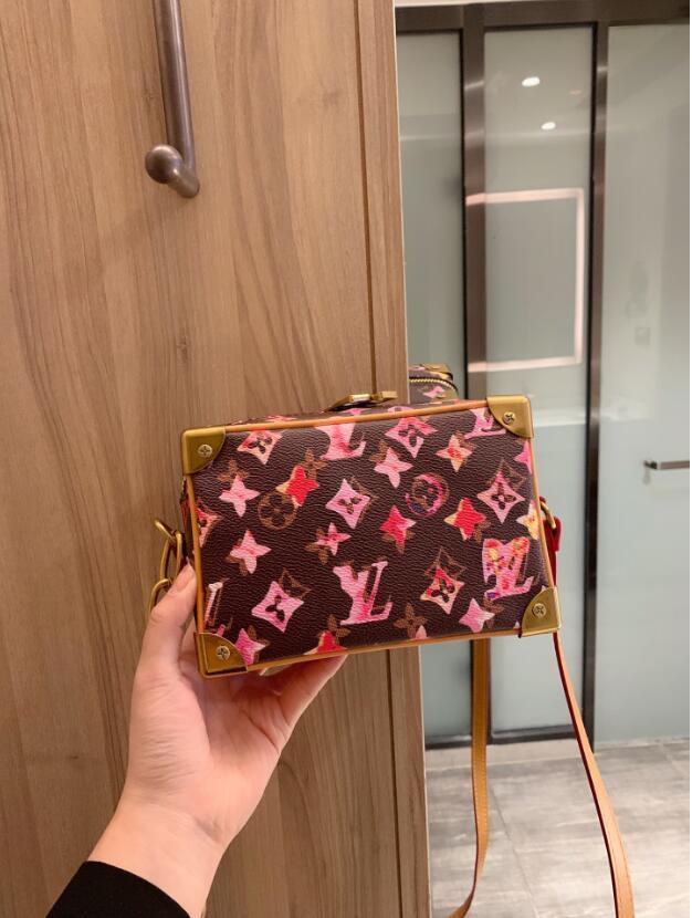 2020 nuova vendita calda Fashion Borse Borsa delle signore delle donne Borse del progettista donne del Tote Borsa a tracolla zaino borsa a tracolla L163