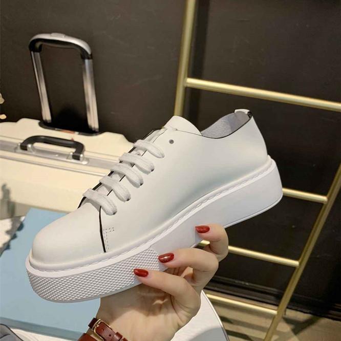 das mulheres Low Top Branco agradáveis tênis casuais sapatos baixos de topo estão em sapatos casuais moda