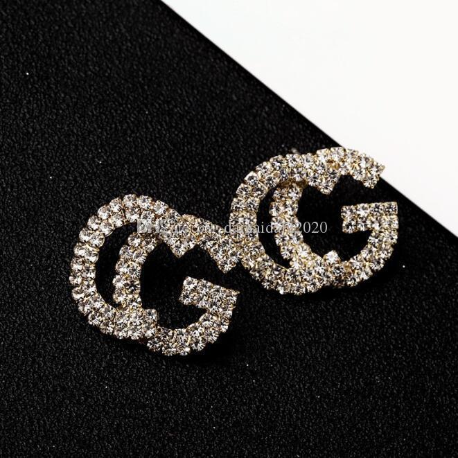 Nuevos breve carta carta de diamantes pendientes pendientes brillantes populares femenina la entrega rápida de la joyería