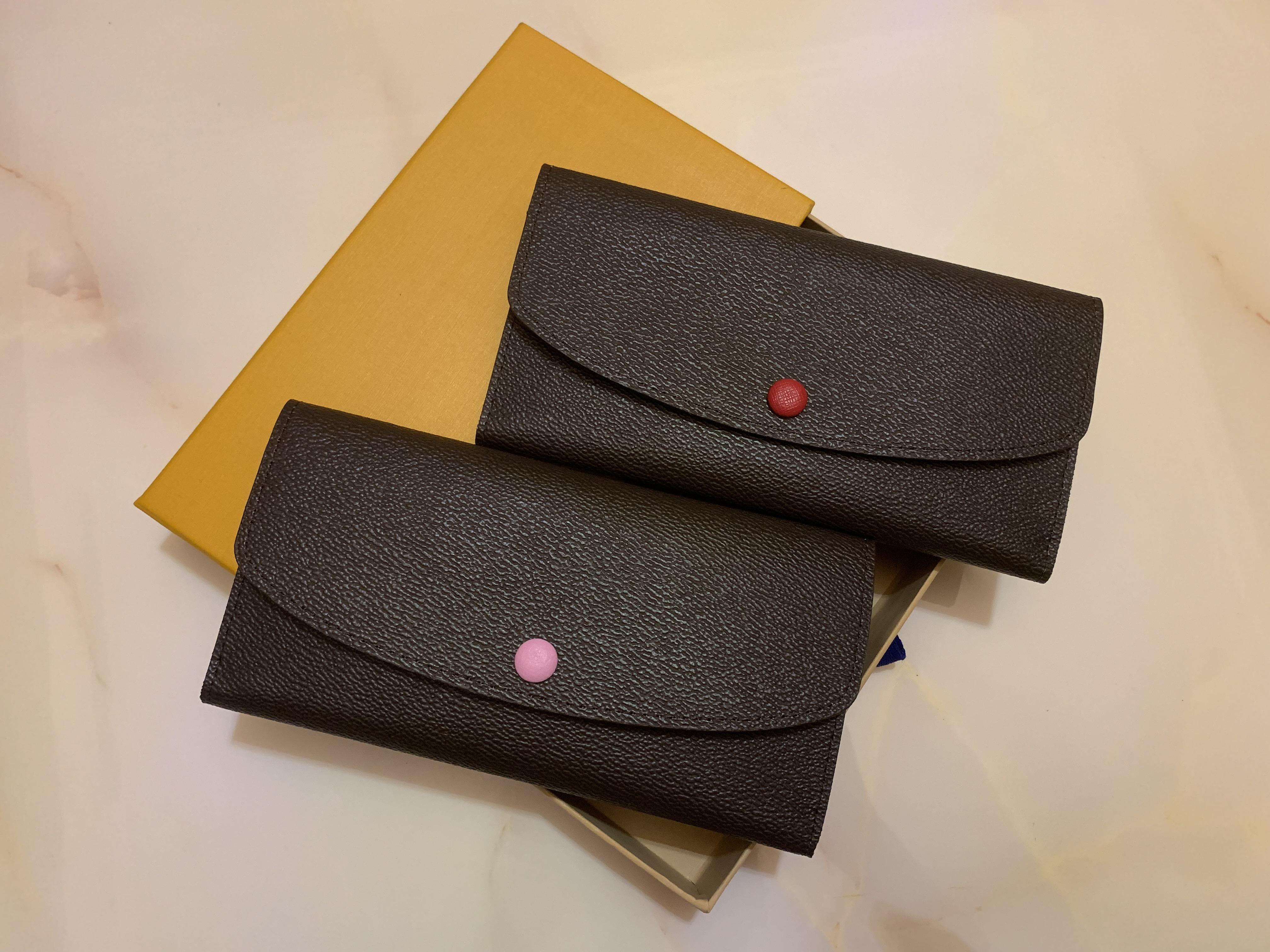 Nuevo botón del diseñador Mujeres corto carteras Mujer Moda monedero cero estilo europeo señora Clutchs ocasionales con Caja