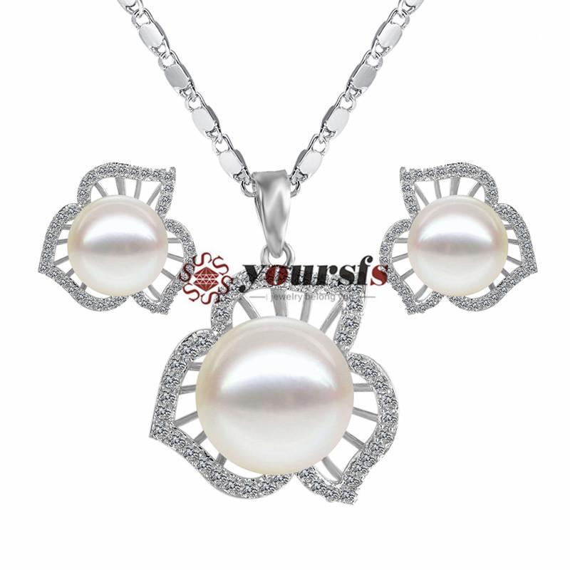 Yoursfs 18k chapado en oro hueco out pétalos Pendiente de perla blanca Pendiente y collar Juego de joyas