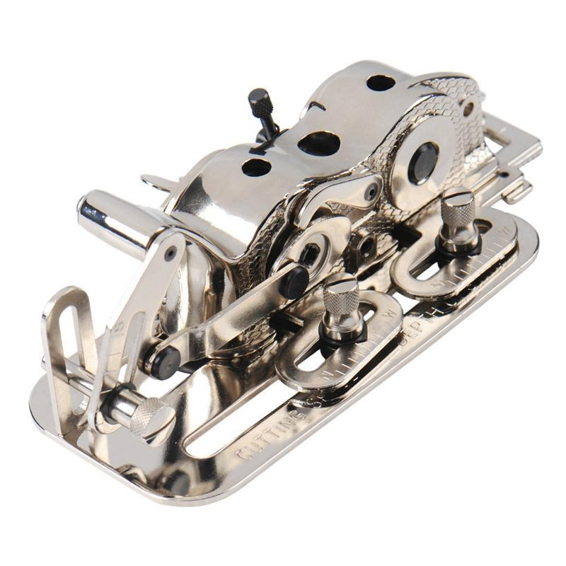 Calcolatore piano Car industriale Macchina da cucire parti piane Adjustable Car Keyhole Opener asole Accessori
