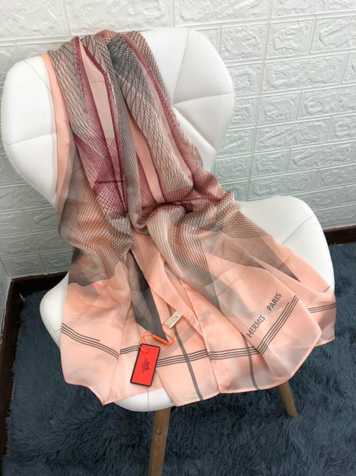 macio de impressão longo xale N3 atacado nova das mulheres de luxo Sorvete único lenço de chiffon designer de Marca 180 * 90 Top quatro estações curso lenço
