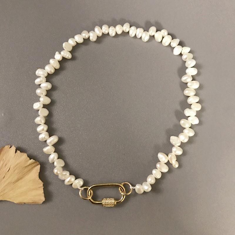 Böhmen natürliche Frischwasserperlen-Halskette überzog Herz-Haken CZ Gewinde Haken-Halsketten der Frauen 2020 New Design Zauber Jewel