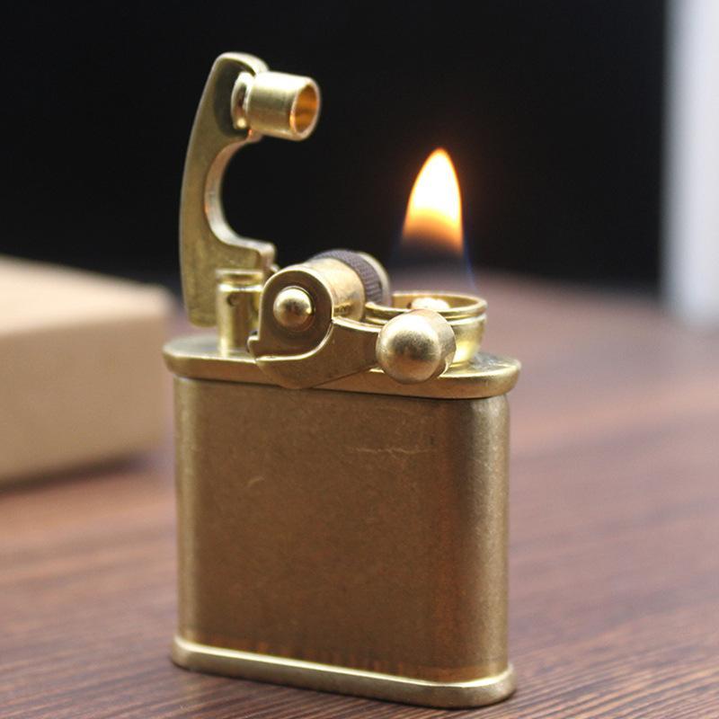 Rétro Free Fire Torch Briquet Britannique Tourneaux à ventouse Flint Kérosène Huile de tuyau de tuyau d'huile de tuyau de tuyau de cigarette à essence pour hommes
