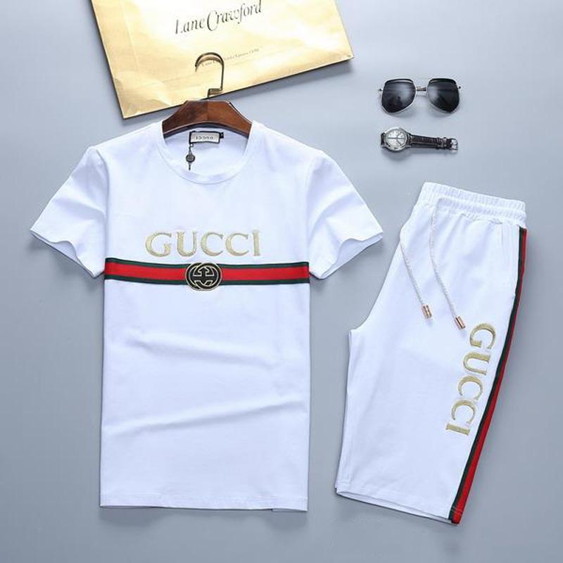 T-shirt e calções sportswear ao ar livre roupa de jogging homens do desenhista dos homens de manga curta primavera e no verão ocasional sportswear Medusa neutra