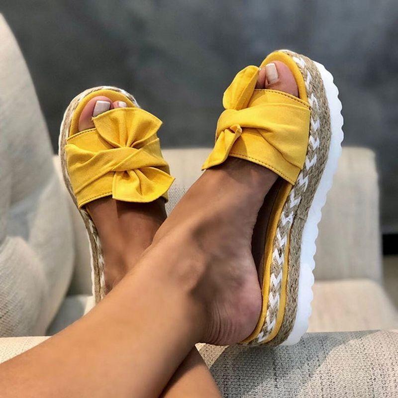 2020 Summer Fashion Sandales Chaussures Femmes Bow Sandales d'été Slipper intérieur tongs extérieur Chaussures de plage Femme Chaussons