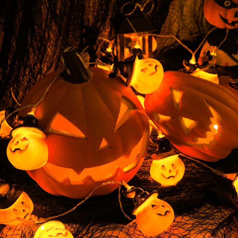 Chapeau de sorcière citrouille d'Halloween de lumières de lumières