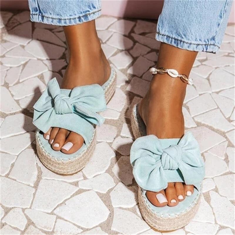 Femmes bowknot Sandales 2020 Été vente chaude filles plateforme talon moyen Mignon chaussons Slip On toes Femme Sandales 35-43 Taille
