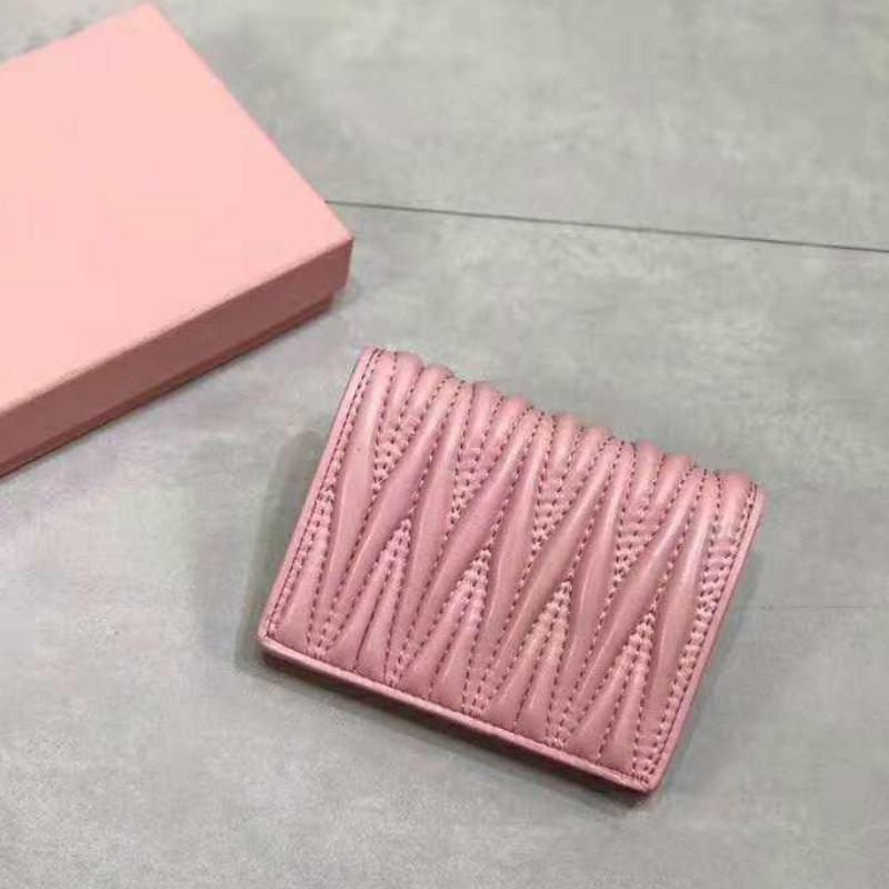Court Wallet Femmes de haute qualité Portefeuilles 2020 New Style Clutch Sacs à main Sacs à main en cuir véritable Portefeuilles de qualité supérieure avec le portefeuille