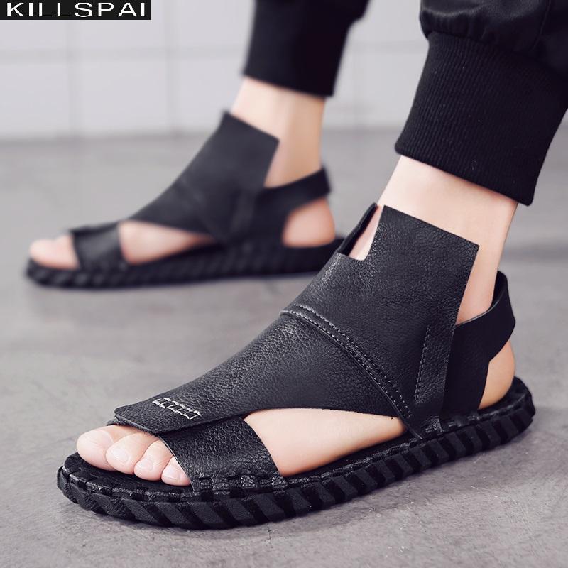 2020 neue Sommer-Sandalen für Männer sind aus schwarzem Leder wasserdicht und rutschfest in der römischen Art Yuppie gut aussehenden Wohnung Faulenzer offene Spitze