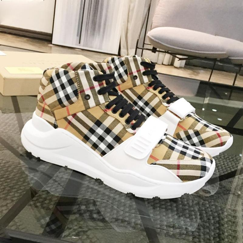 La nueva llegada Hombres Botas nave de la gota de la vendimia del cheque del algodón zapatillas de deporte al aire libre Caminar Moda Calzado cómodo Alta tapa del cordón -Up los hombres ocasionales de los zapatos
