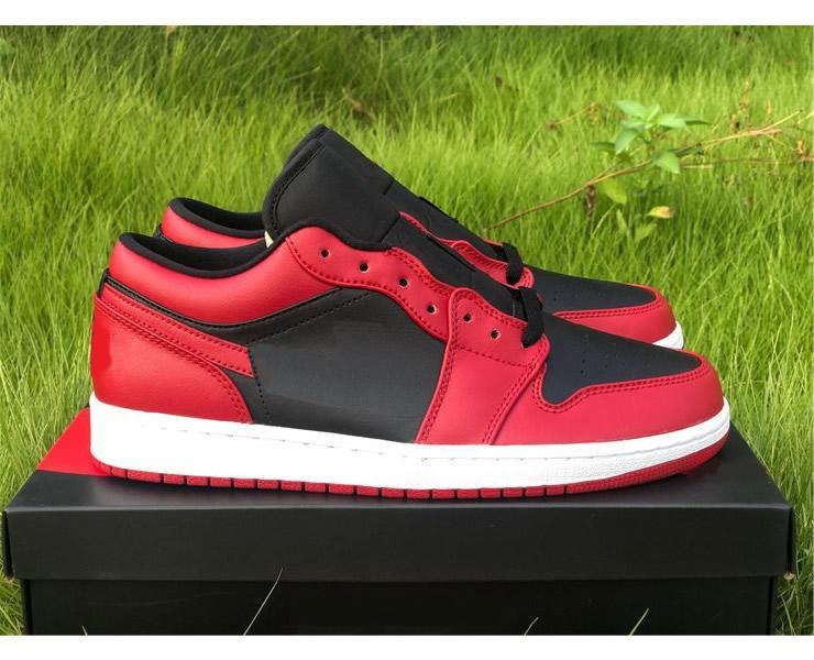 Лучшее качество Аутентичные 1 Низкий Varsity Красный Баскетбол обувь Мужчины Varsity Red Summit Белый Черный Тренажёры Спорт Sneaker с коробкой