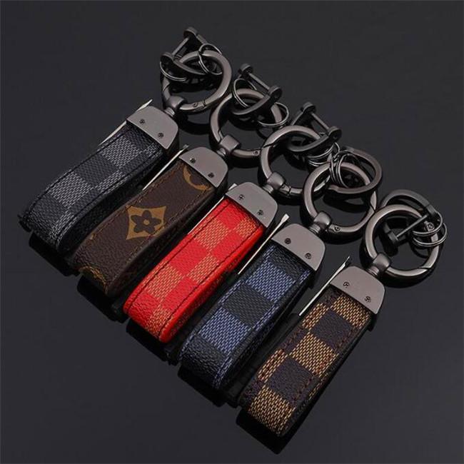 Europe et Amérique du style porte-clés avec en cuir d'affaires Porte-clés de voiture pour hommes Mode cadeau classique Imprimer Key Accessories8