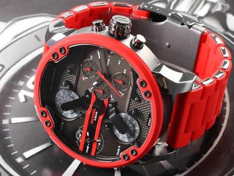 패션 유행의 성격 큰 캐주얼 스틸 밴드 석영 캐주얼 시계 고품질의 비즈니스 시계 크리스마스 선물을 다이얼