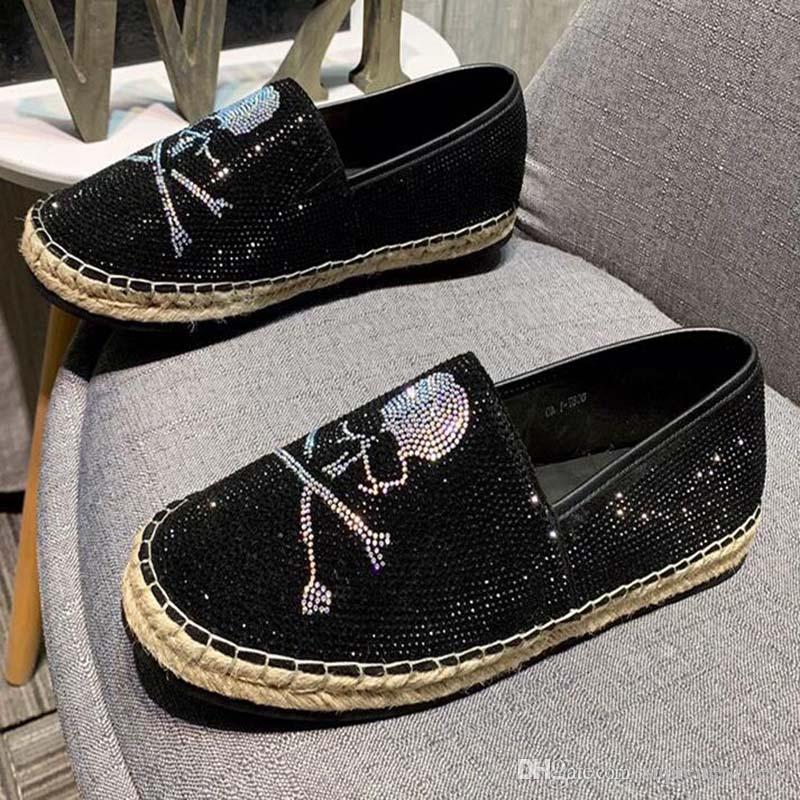 2020 nouvelle Chaussures pour homme noir exercice jaune Espadrilles Casual Slip Gentleman Mocassins sur Chaussures Oxford Pointu M1M