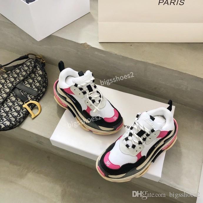 2020 Paris Fashion 17FW Тройной кроссовки Кристалл Bottom Boots Мужчины Женщины White Vintage Старый папа Повседневная обувь gc200510