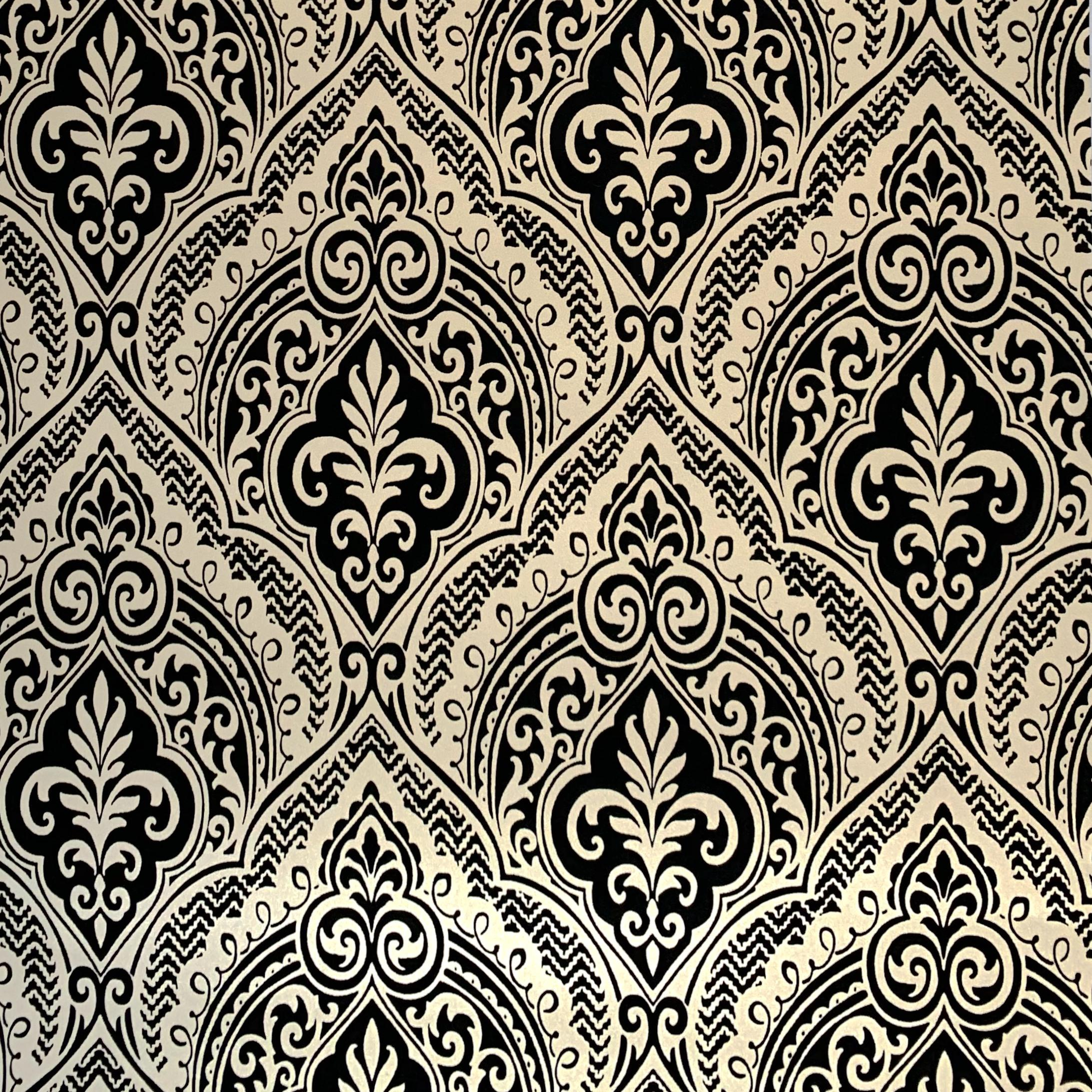 Wallpaper Non-woven 3D Embossed Damask velvet flock Wallpaper Roll Retro Living Room Decor Contact Paper gold and black