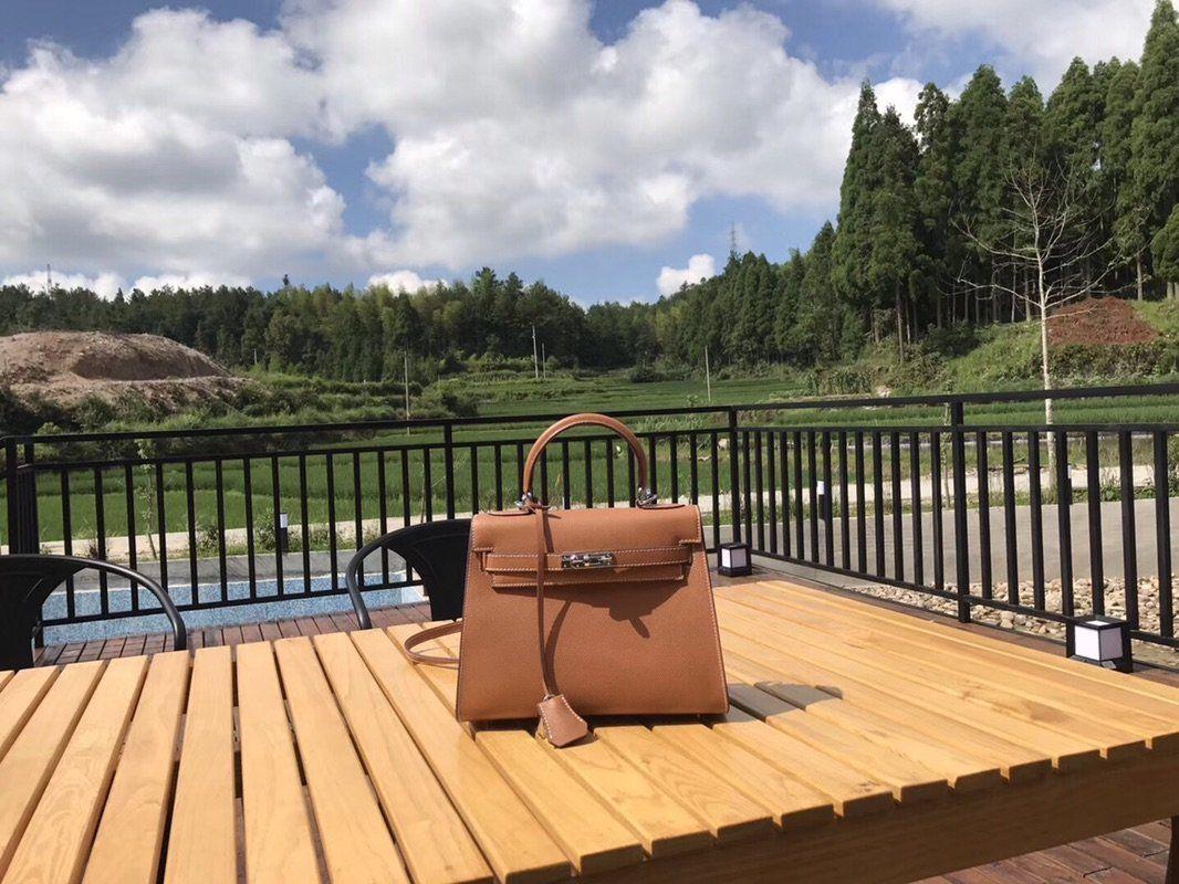 Célèbre cuir véritable mode de luxe Sac Tendance Sac à bandoulière Messenger Sacs à main Totes Sacs à bandoulière Designer Femmes Sacs Livraison gratuite