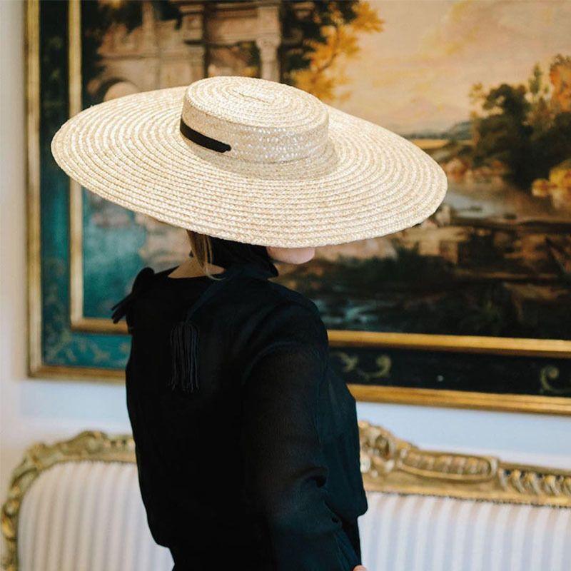 Женщины Природные Пшеничная солома Hat Ribbon Tie 15см Брим канотье Hat Дерби Бич ВС Hat Cap Lady Summer Wide Брим UV Protect Шляпы T200720