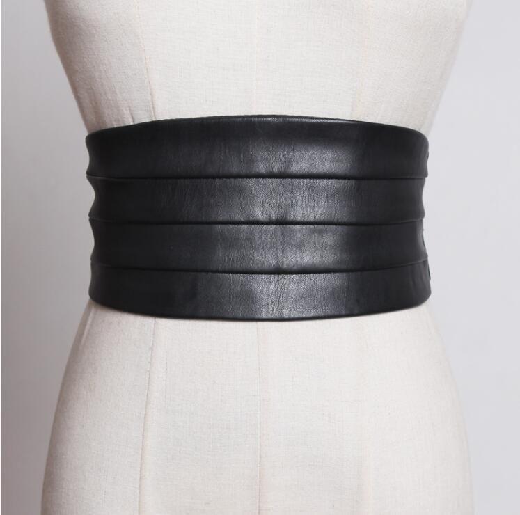 Frauen Runway Art und Weise PU-Leder elastischer Cummerbunds weibliches Kleid Mantel Korsetts Bund Gürtel Dekoration breite Gürtel R1775 CX200722