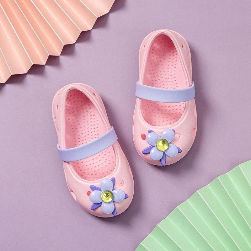 2020 New Baby Girls Jelly Sandales Kawaii Soft Pink Rubber Chaussures Flats Enfants été Mignon Plage Chaussures eau Princesse Flats Sandales W8Pb #