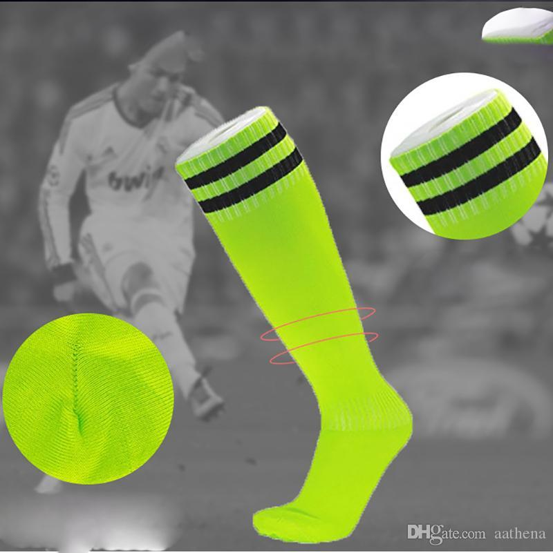 5pcs Football mince Chaussettes enfants adultes longues chaussettes de basket-ball Tube Plus Genoux hommes et femmes de printemps et d'été Deux Bars sport à rayures Chaussettes