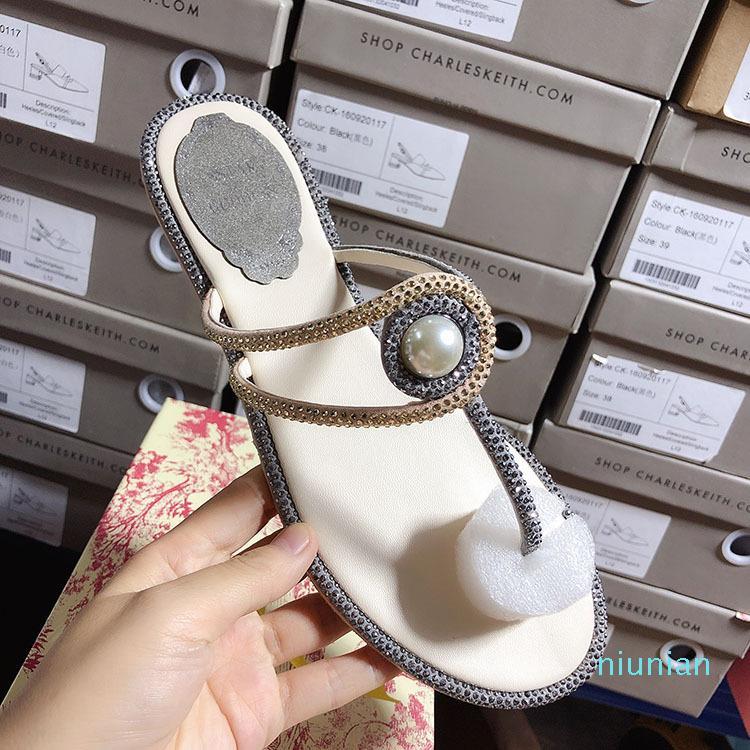 Hot vendita-Donna Sandali donna sandali piani della medaglia di diamanti scarpe perla casuali delle donne pantofole