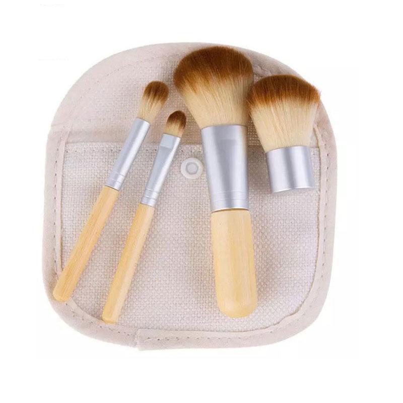 4pcs Travel Mini Wooden Makeup Brush Set For Eyeshadow Foundation Powder Blush Concealer Lip Make Up Brush Cosmetics Beauty Tool