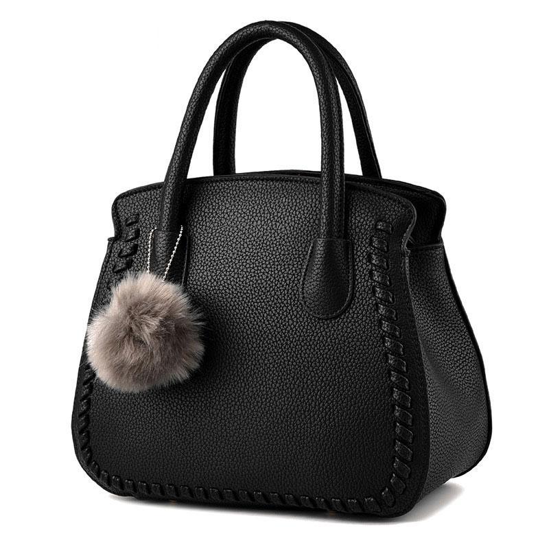 kız düz renk haberci shoudler çantalar bayanlar pu deri çantası siyah / gri için kadın çantası Peluş top çanta / kırmızı