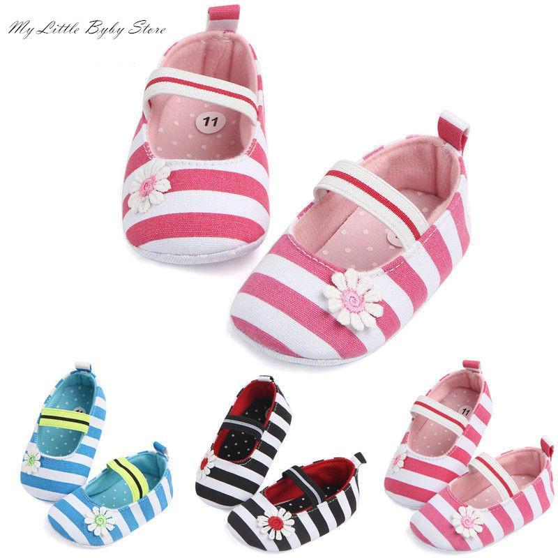 2020 nuevo de la manera niño recién nacido del bebé suave del pesebre zapatos mocasín Prewalker Sole Zapatos de la flor rayado ocasional primeros caminante