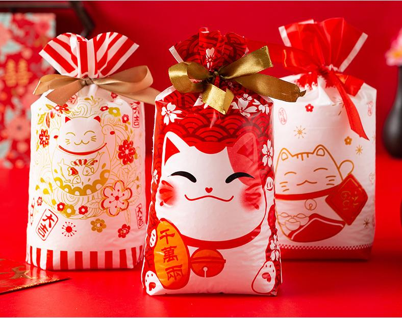 New 50 Pcs Christmas Treat Bags with Drawstring Candy Bags Santa Claus Christmas Tree Elk Snow Food Storage Bags Gift Wrapping Package