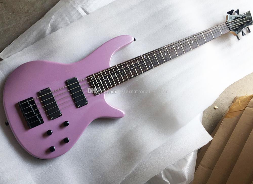 Envío gratis 5 cuerdas La guitarra eléctrica rosa con el deshecho de la paleta, 24 trastes, puede ser personalizado como solicitud
